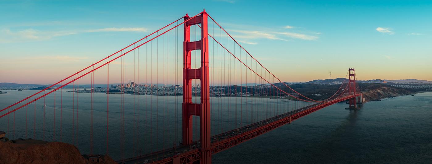 Background image of the golden gate bridge